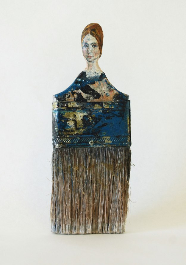 Old-Paintbrush-Handles-Sculpted-Into-Heads-of-Women-by-Rebecca-Szeto-Yellowtrace-05